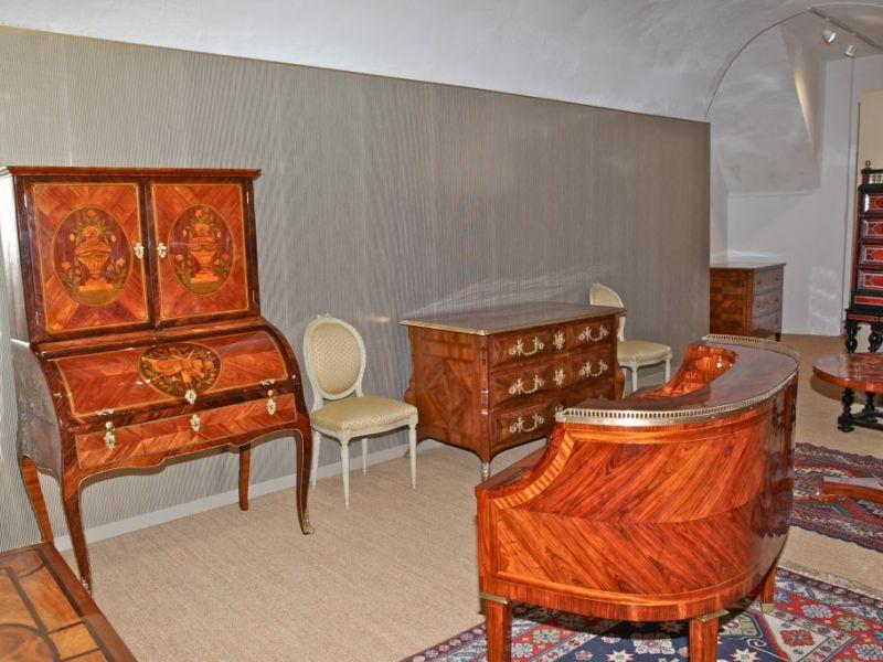Les bureaux galerie du griffon d or meubles de prestige à